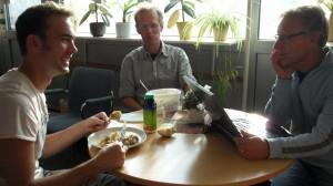 Arbete och mat. Martin, Björn och Julius